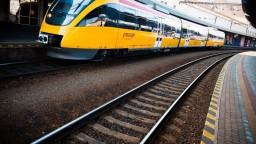 RegioJet nechce uvoľniť trate, tvrdia ZSSK. Súkromný dopravca sa bráni