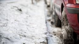 Za parkovanie si Košičania platia, na sneh však berú vlastné lopaty