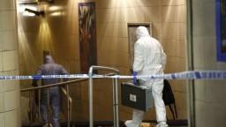 Neznámy muž v parížskom metre bodal do ľudí, pátrajú po ňom