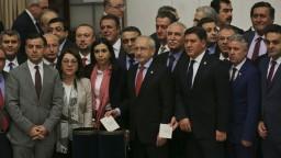 Turecký parlament schválil kontroverznú reformu, má posilniť Erdogana
