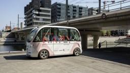 Elektrické minibusy v Paríži majú bojovať proti znečisťovaniu ovzdušia