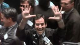 Dow Jones prekročil rekordnú hranicu. Optimizmus spôsobil Trump