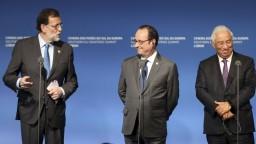 Hollande vyzval Úniu k jednotnému postupu voči populizmu