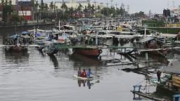 Pri brehoch Malajzie sa potopila loď, zachránili 25 čínskych turistov
