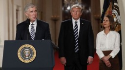 Trump chce do Najvyššieho súdu konzervatívca Gorsucha