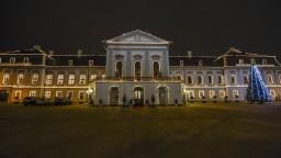 Do prezidentského paláca prenikol votrelec, po zadržaní ušiel