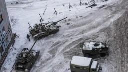 Ukrajina tvrdí, že Rusi útočili na jej lietadlo. Podľa Ruska je to lož