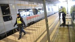 Švédsko predĺži kontroly na hraniciach, dôvodom sú migranti z Líbye