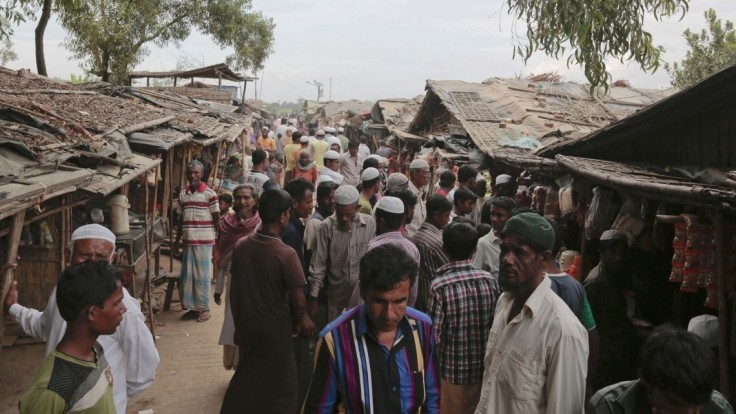 Bangladéš chce vysťahovať utečencov na neobývateľný ostrov