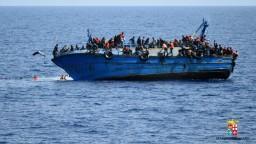 Je čas uzavrieť migračnú trasu z Líbye do Talianska, vyhlásil Tusk