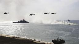 Vráťte Krym, zrušíme sankcie, odkázala Rusom nová zástupkyňa USA