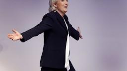 Šéfka krajnej pravice Le Penová začala predvolebnú kampaň