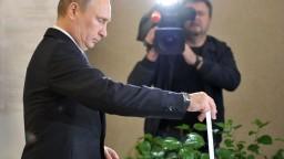 Putinov odporca či kontroverzný politik. Kandidáti na ruského prezidenta sa hlásia