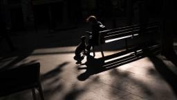 V Bratislave pribudli nové lavičky, ukrývajú v sebe moderné technológie