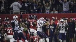 Super Bowl rozhodlo predĺženie, z triumfu sa tešia hráči Patriots