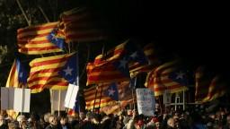 Separatistického politika prišli na súd podporiť tisícky Kataláncov