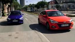 Motoring: Nový Hyundai i20 a plug-in hybrid Jaguar F-Pace