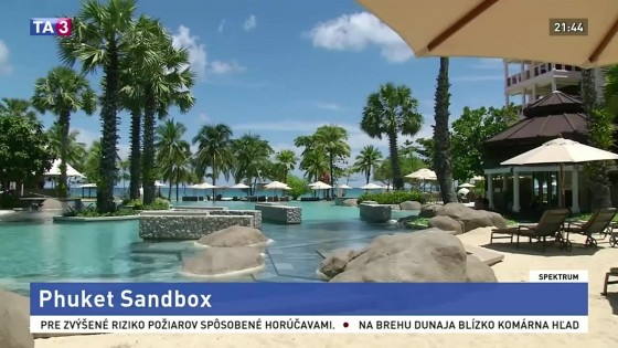 Phuket Sandbox / Malý robotický čistič mora