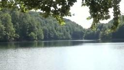 Je tretím najväčším prírodným jazerom na Slovensku. Čo ponúka Morské oko turistom?