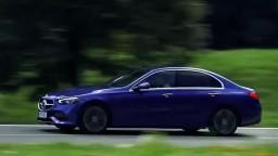 Motoring: Nový Mercedes triedy C a modernizovaná Kia Ceed