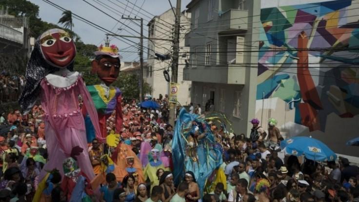 brazil-carnival-58765-c1fe0572474542bf981fa36e14fdcb82_0a000002-b61f-c501.jpg