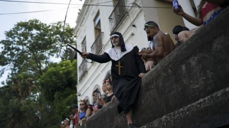 brazil-carnival-82628-3a0e34708d08496687522f264c991467_0a000002-b718-0121.jpg