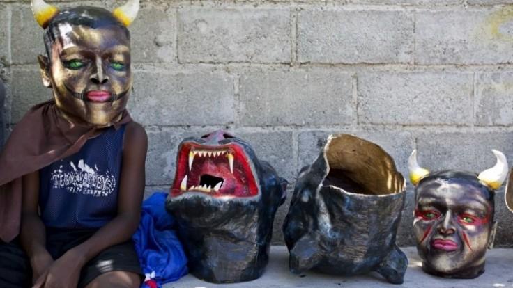 aptopix-haiti-carnival-97041-d0667fe6ead34d018a13fd72cc0afd1a_0a000002-9248-68f1.jpg