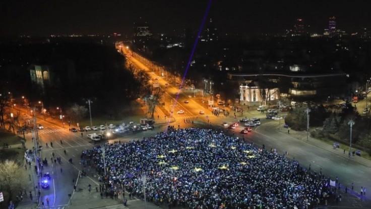 romania-protests-08366-2da1c5abeb794b2eaf947ec308ac3a17_0a000002-56bc-68b2.jpg