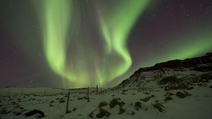 aptopix-iceland-northern-lights-06543-4d6d199ac0544c93b082e9aa6831af24_0a000002-a271-0fed.jpg