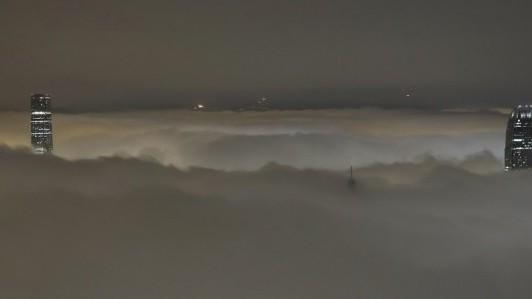 hong-kong-fog-81620-a0ecaa0c3aea48b4b6587bbd263c4d27_0a000002-a2b9-c794.jpg
