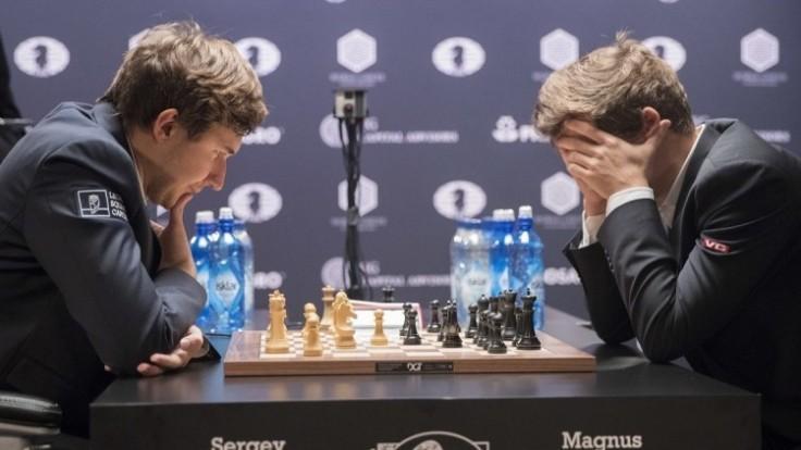 aptopix-world-chess-championship-83b164f1c78d4a85850429f412420341_0a000002-d39d-0ca3.jpeg