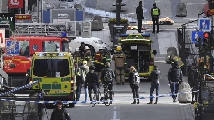 sweden-truck-crash-60194-aa0111bf7d82424eb41b13925482bc18_0a000002-e6cd-2018.jpg