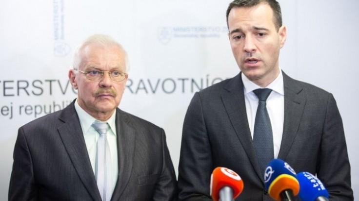 miroslav-kollar-oz-hlas-obcanov-slovenska-a-tomas-drucker-minister-zdravotnictva-pocas-brifingu-o-parkovacej-politike-sitamarko-erd_0a000002-64f0-fe72.jpg