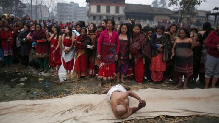 nepal-hindu-festival-51792-2114152f2a594f3aa5e64f9216383359_7f000001-5720-15d5.jpg