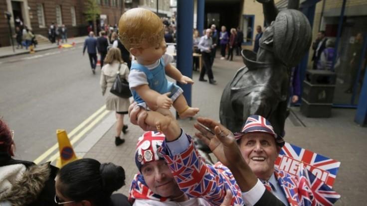 britain-royal-baby-58364-7e309175f62f48648186f417e66d7ae4_7f000001-10ce-f39a.jpg