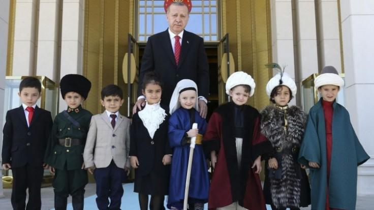 turkey-politics-07309-02c4fcf3506240e8b1e07cdab1883fbd_7f000001-0d98-e604.jpg