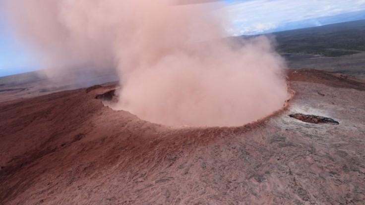 volcano_7f000001-3ce8-4974.jpg