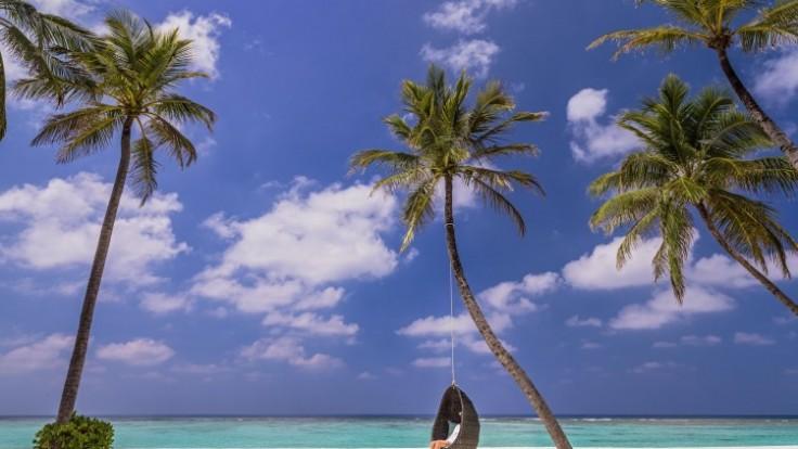 oneandonly-reethirah-maldives-2_0a140370-8878-39c2.jpg