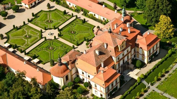 Barokový zámok Jemniště.
