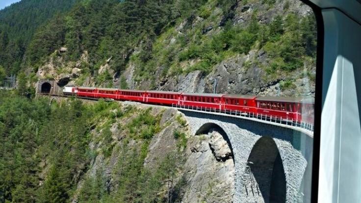 Glacier Express vo Švajčiarsku.