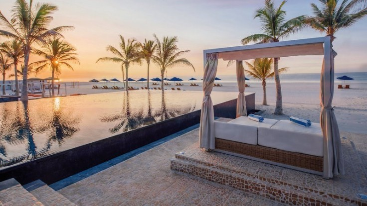 Al Baleed Resort.