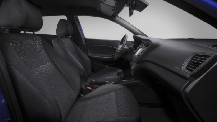 new-hyundai-i20-active-interior-2_1ce6a156.jpg