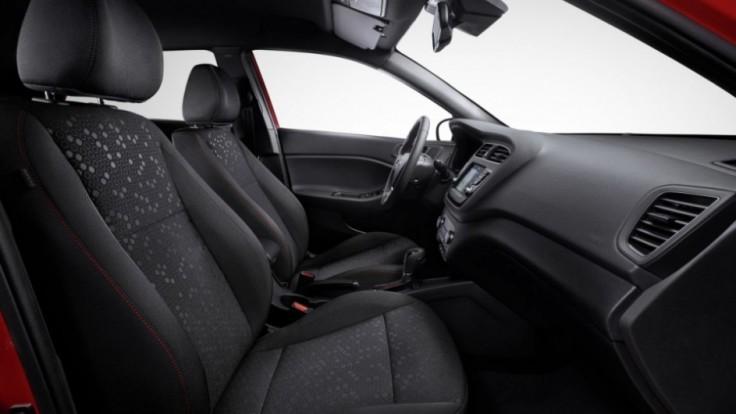 new-hyundai-i20-interior-2_fb216f07.jpg