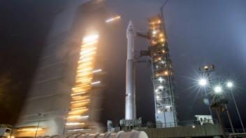 mars-launch-24977-0adaf6a4b4df4a47a1582d86ef845377_d000d200.jpg