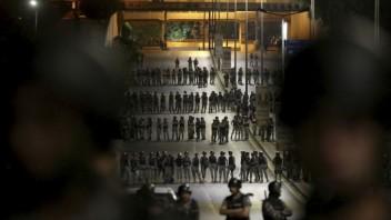 aptopix-jordan-protests-83206-299d726de5974397a11acc0211da7f71_1358448e.jpg