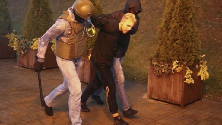 belarus-protests-98222-8c75cbc8a7c44a07b78f3247ab9ffc87_f72969bd.jpg